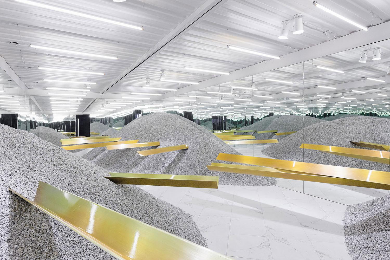 Boffo Building Fashion 2013 by Neiheiser & Valle + Linda Farrow | Yellowtrace