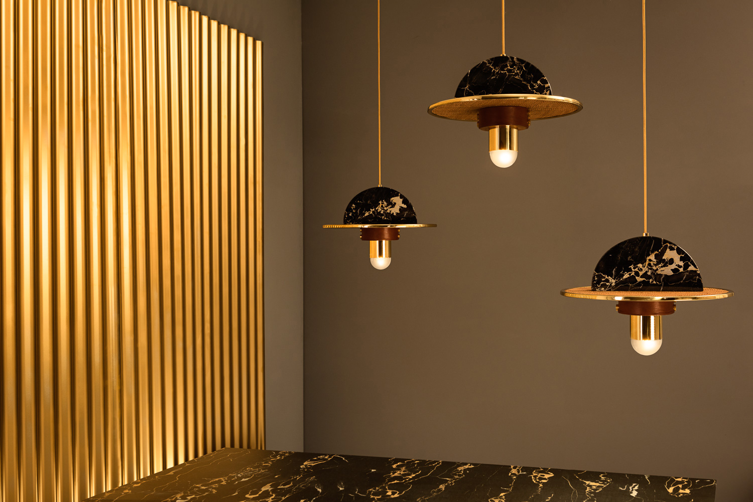 Masquespacio presents Shade a pendant light made from four different materials designed for the Spanish lighting brand RACO. After a strategic rebrand ... & Masquespacio Designs Shade Lamp for RACO | Yellowtrace