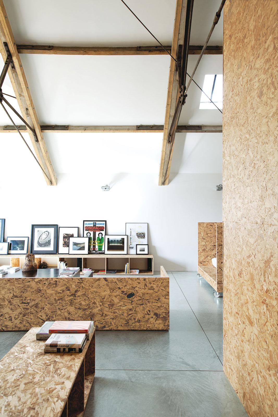 Ochre Barn by Carl Turner Architects   Yellowtrace