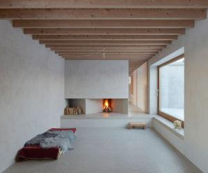 Atrium House in Gotland, Sweden by Tham & Videgård Arkitekter | Yellowtrace