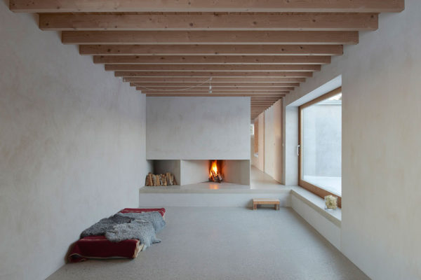 Atrium House in Gotland, Sweden by Tham & Videgård Arkitekter | Yellowtrace