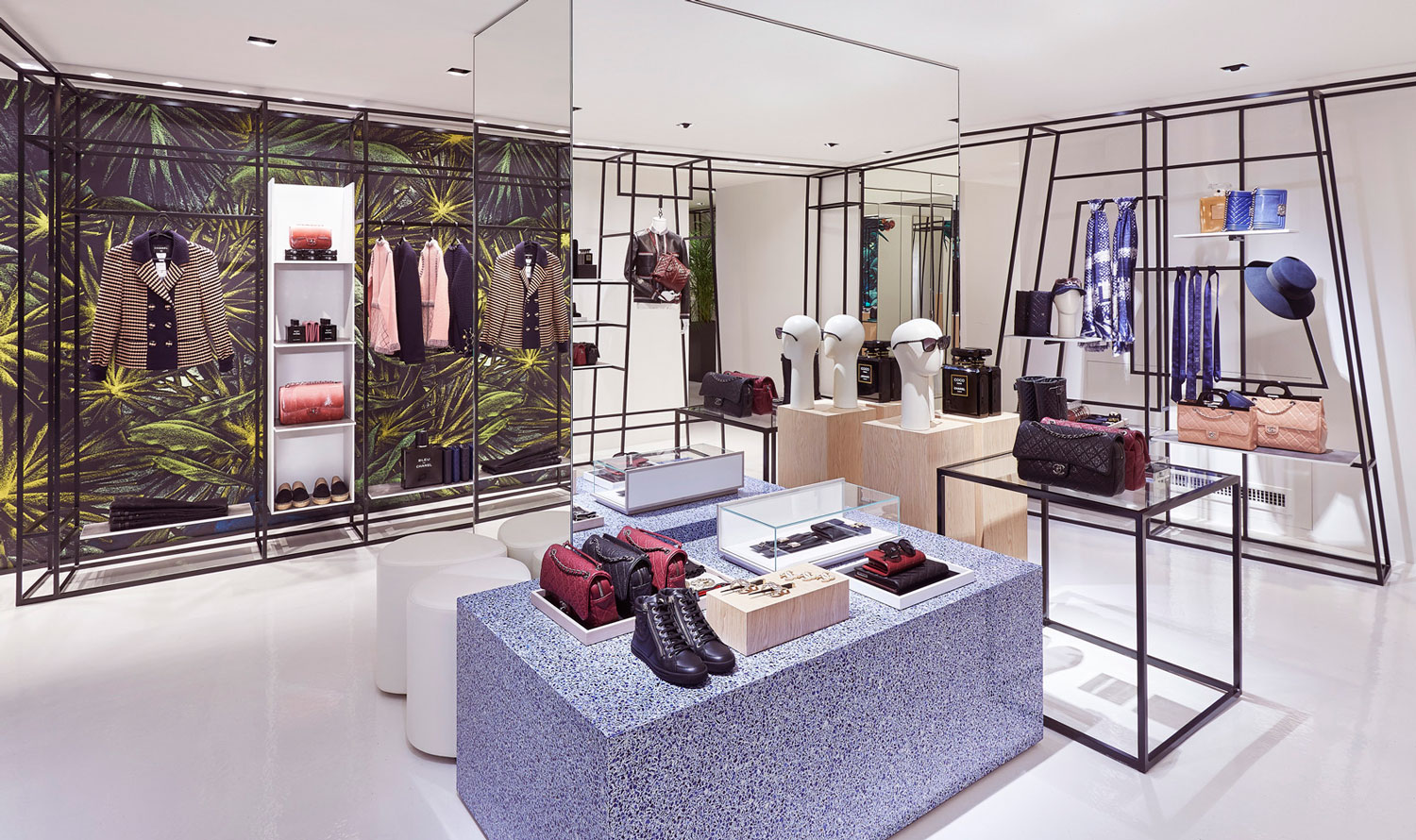 Julien Colombier Artwork Chanel Pop up Store Rome   Yellowtrace