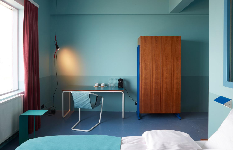 Oddsson hostel in reykjav k by dodlur yellowtrace for Design hotel reykjavik