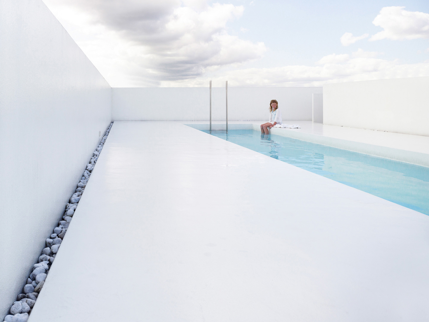 Swimming Pool K by dmvA Architects | Yellowtrace