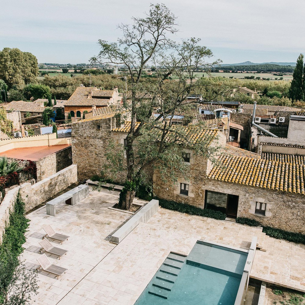 The Peratallada Castle by Mesura | Yellowtrace