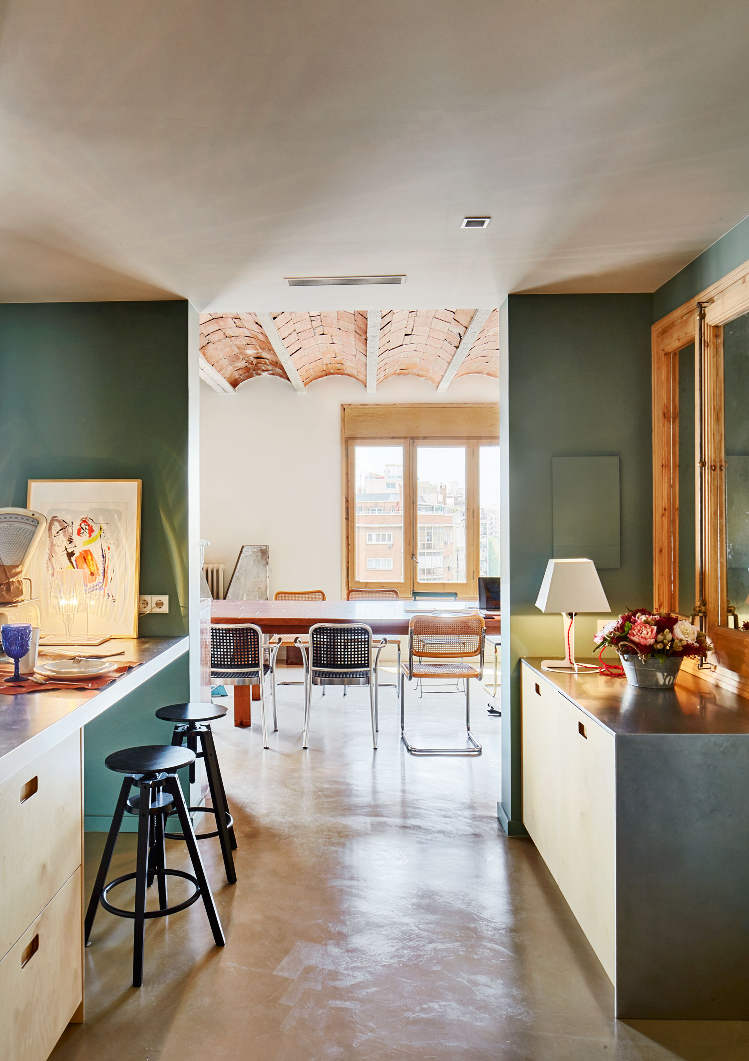 1930s Barcelona Apartment Refurbishment by Cirera + Espinet | Yellowtrace
