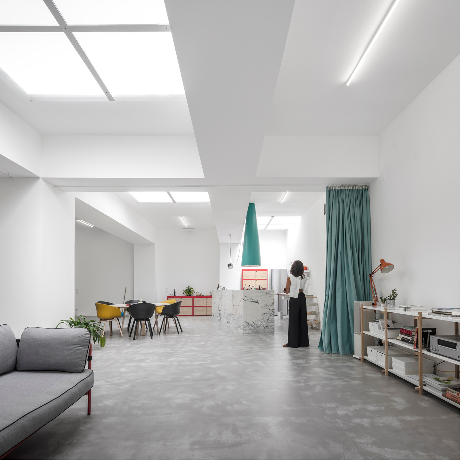 Fala Atelier Converts Old Garage Into A House In Lisbon Yellowtrace