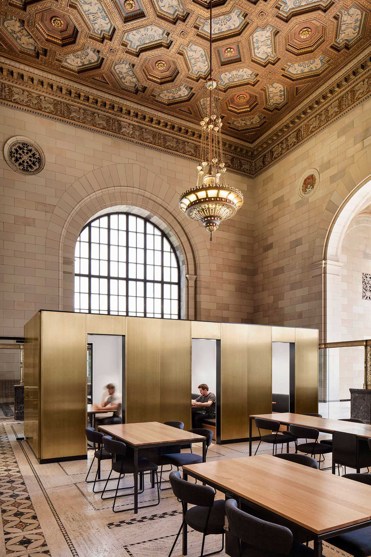 Montreal Bank Coworking Space by Henri Cleinge | Yellowtrace