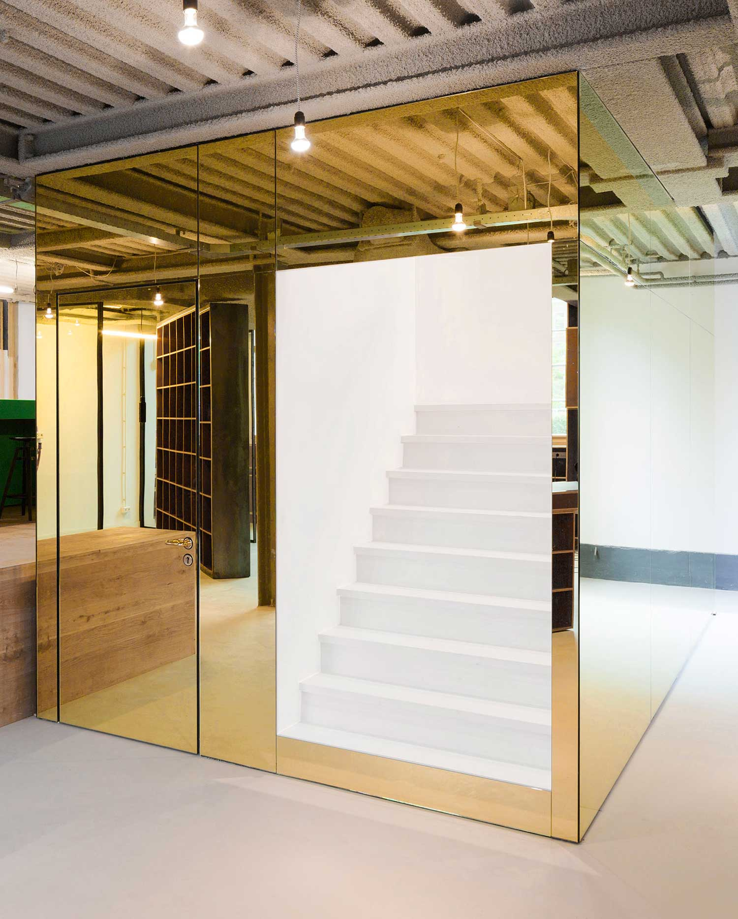 Sid Lee Office by Space Encounters | Yellowtrace