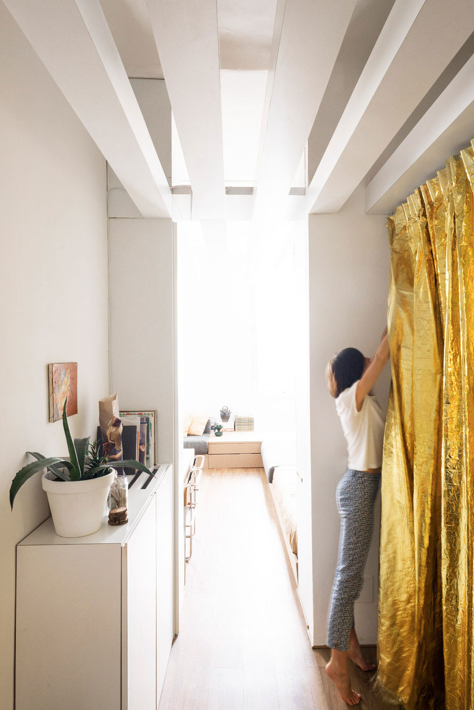 Silvia Allori's Home Offiice in Florence | Yellowtrace