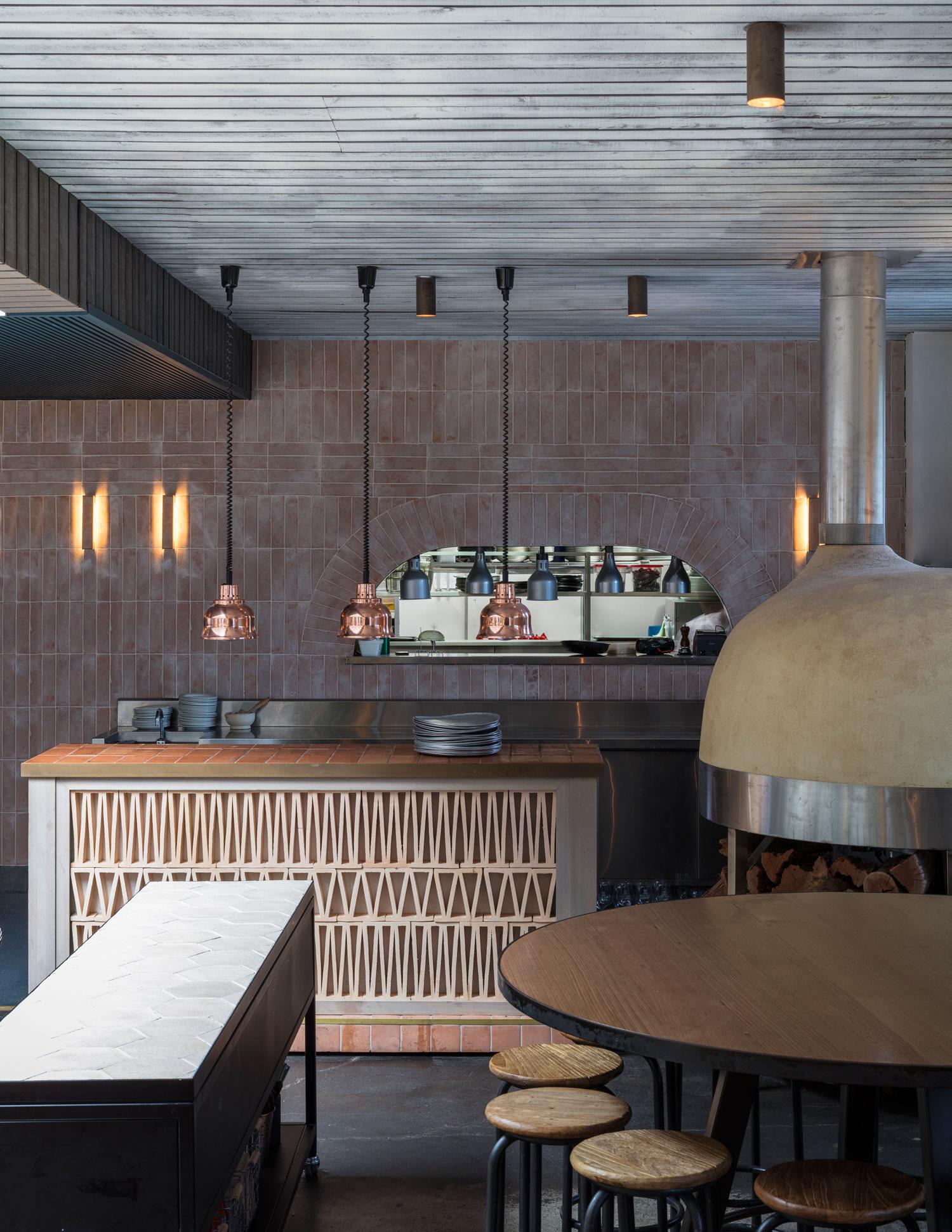 Yellowtrace Spotlight Australian Design News March 2014: Buena Vista Hotel In Mosman By SJB Interiros & Tess Regan