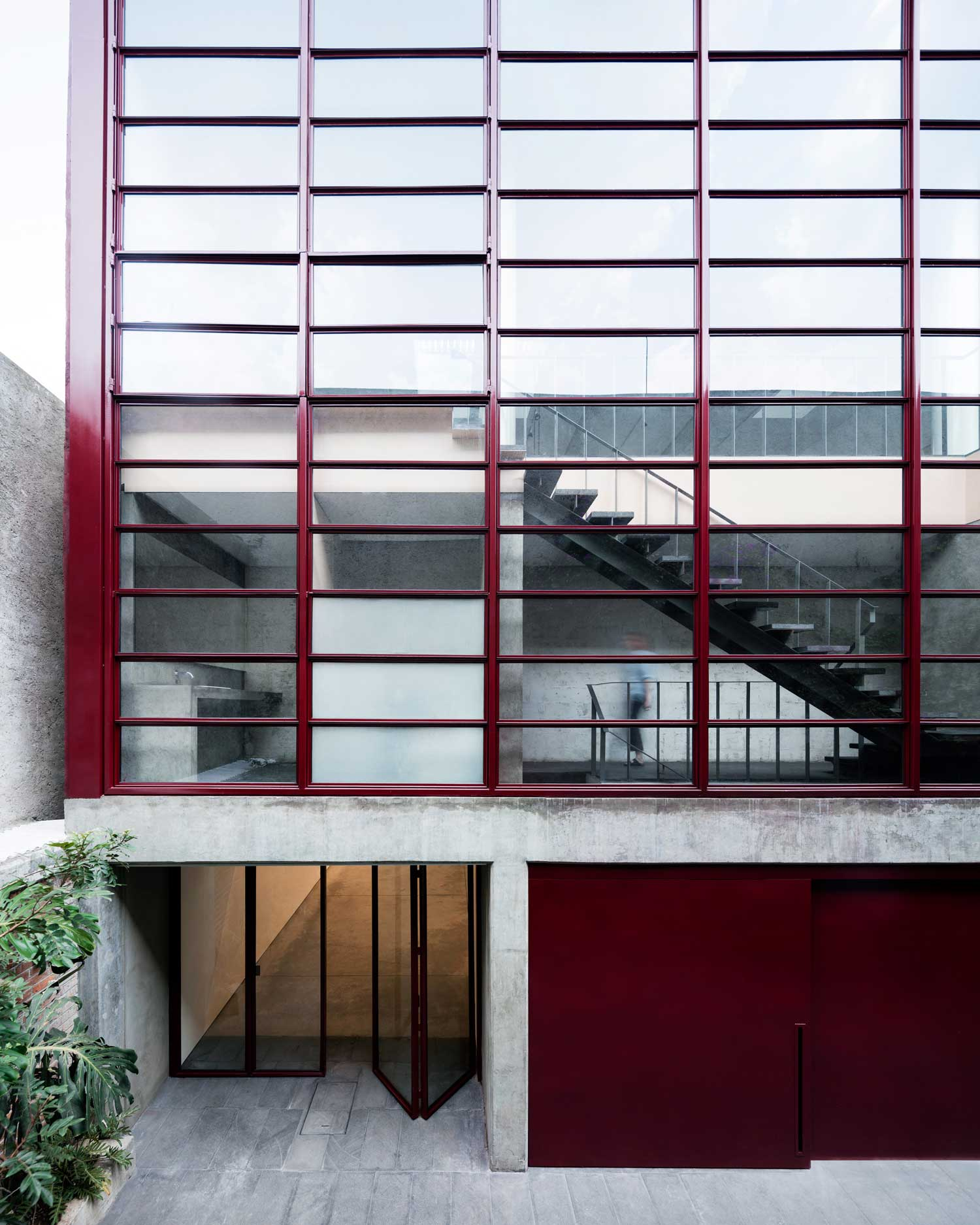 Galería OMR in Mexico City by Mateo Riestra, José Arnaud-Bello & Max von Werz   Yellowtrace