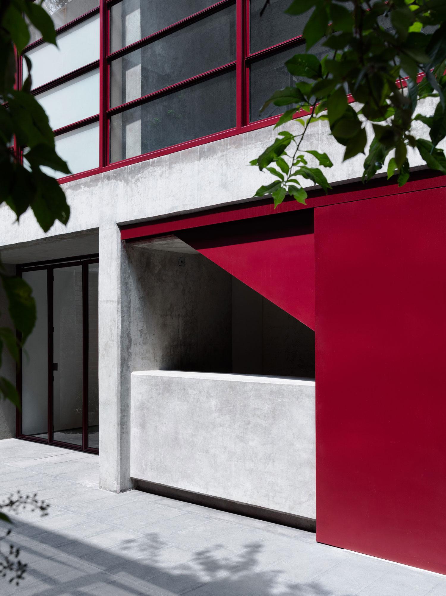 Galería OMR in Mexico City by Mateo Riestra, José Arnaud-Bello & Max von Werz | Yellowtrace
