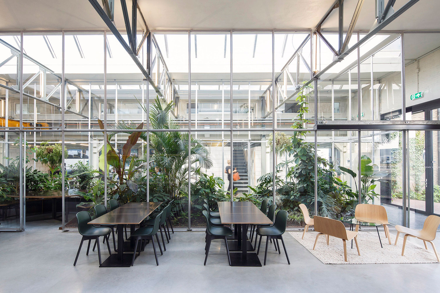 JOOLZ HQ in Amsterdam by Space Encounters | Yellowtrace