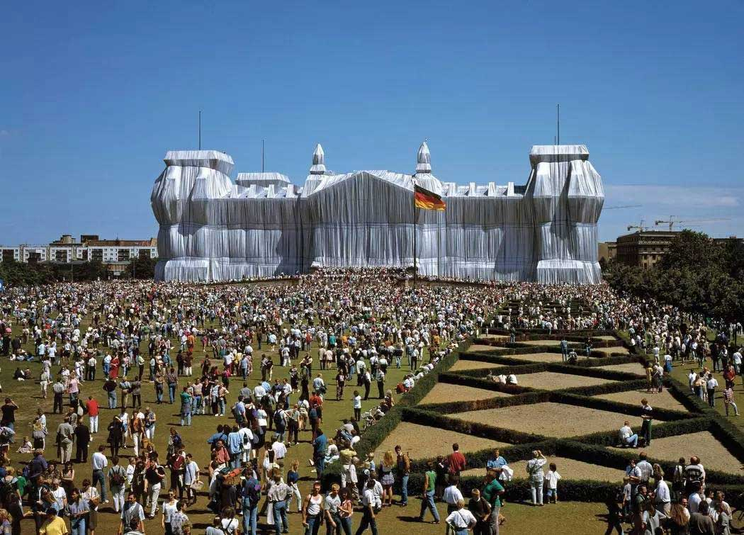 Wrapped Reichstag, Berlin by Christo and Jeanne Claude | Yellowtrace