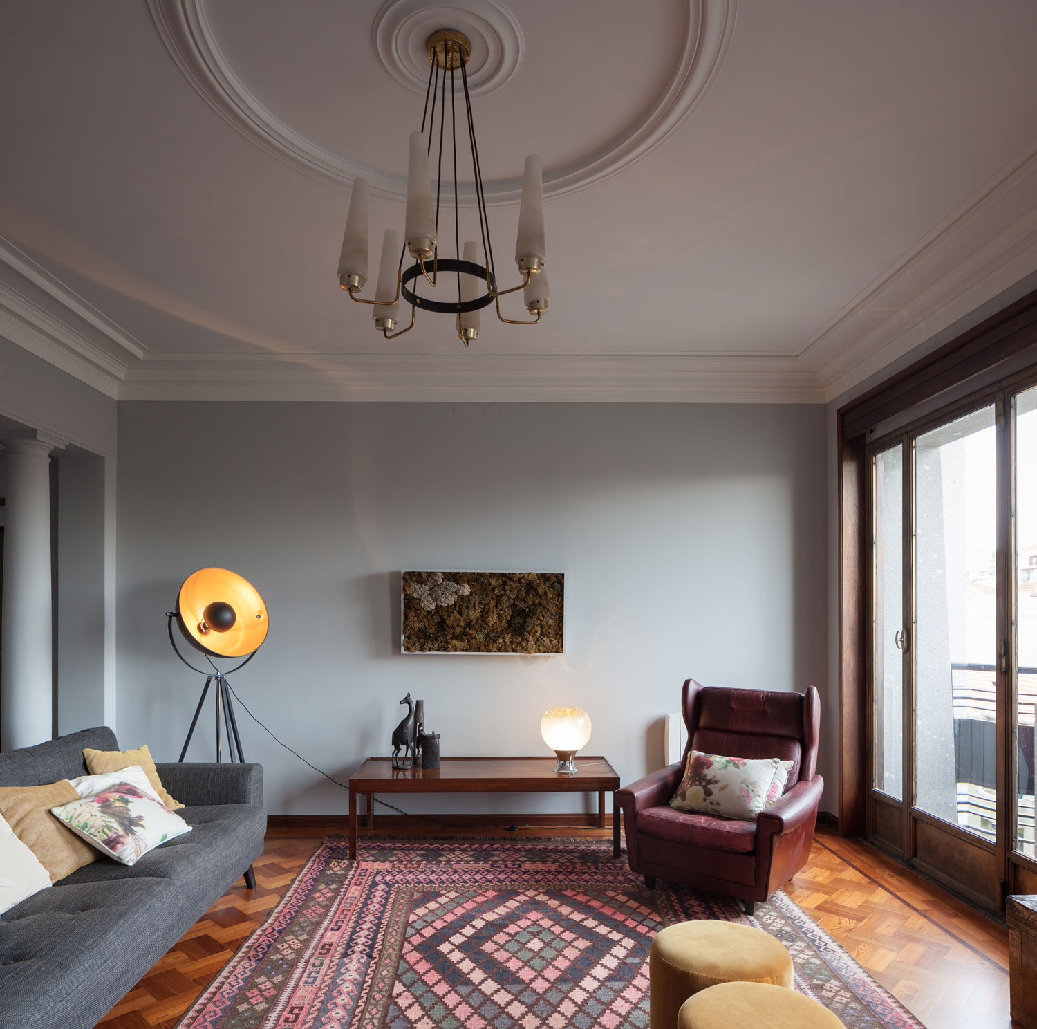 1940s Retro Apartment Renovations In Porto By Atelier In
