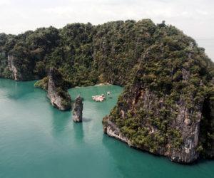 Archipelago Cinema in Thailand by Buro Ole Scheeren | Yellowtrace