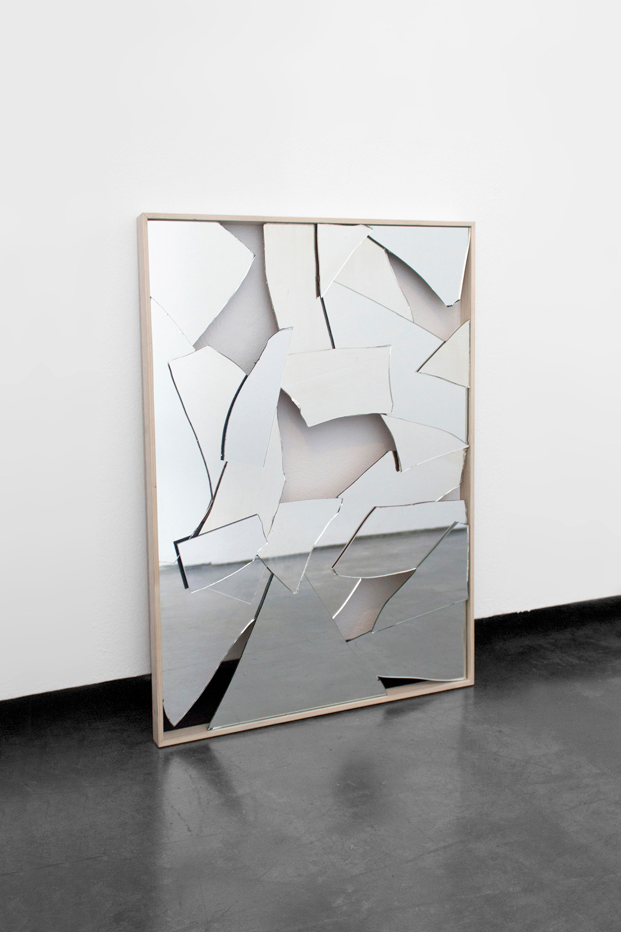 Carla Cascales' Sculpture Project, Incomplete Perception | Yellowtrace