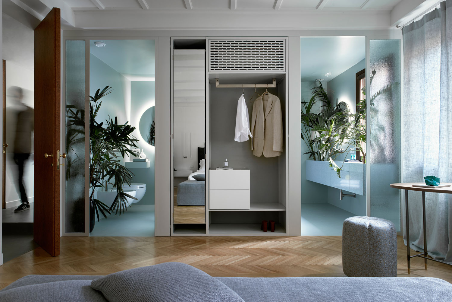 Casa flora design apartment in venice challenges for Design casa