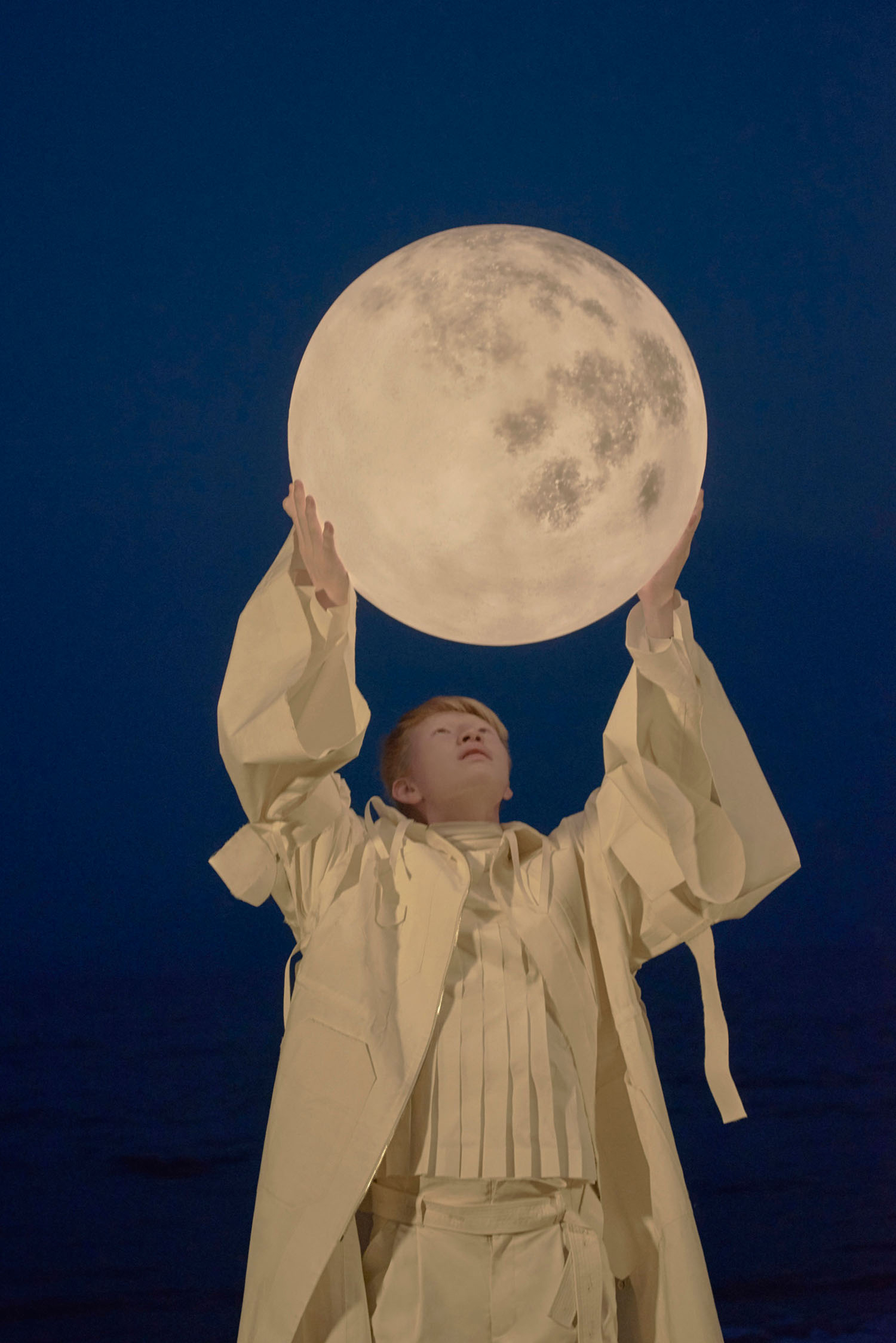 Found My Moon: Extraordinary Campaign Images for Acorn Studio's LUNA Lamp | Yellowtrace