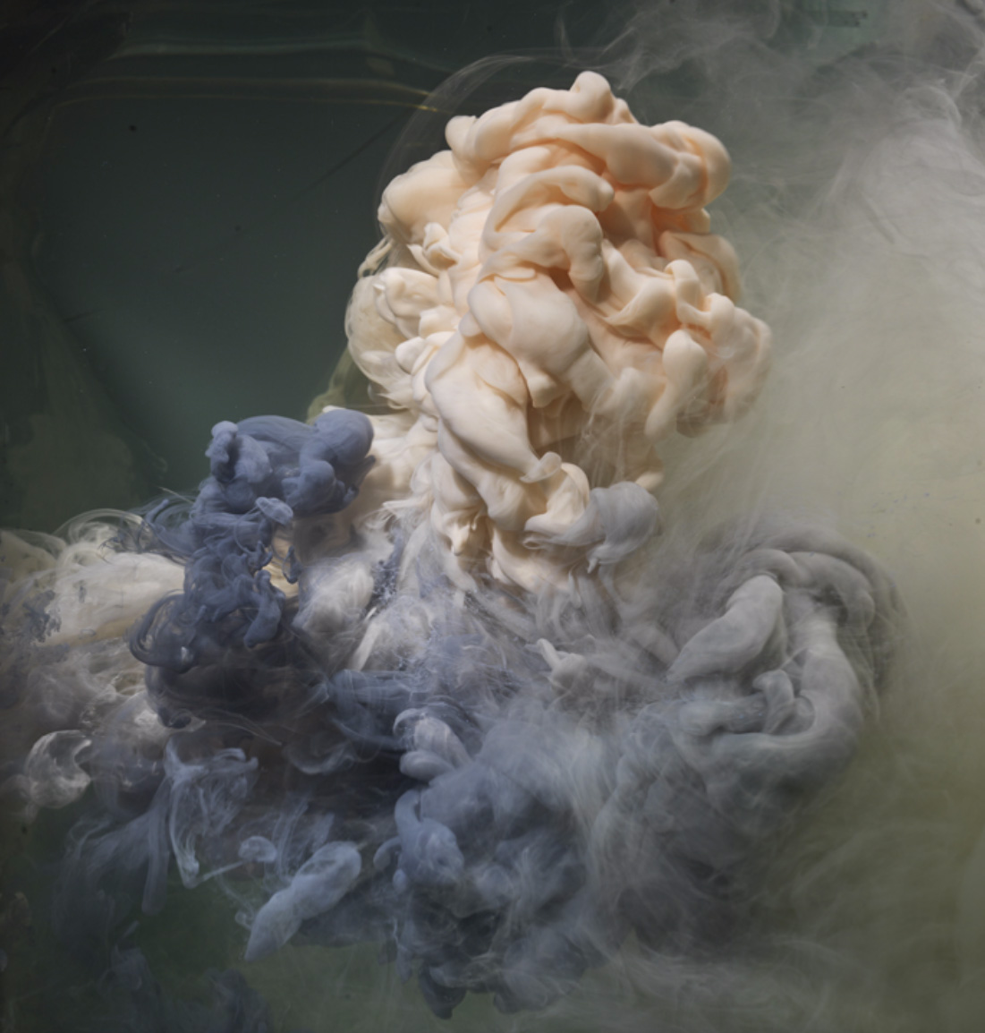 Kim Keever's Mesmerising Art Made by Squeezing Paint into Water | Yellowtrace