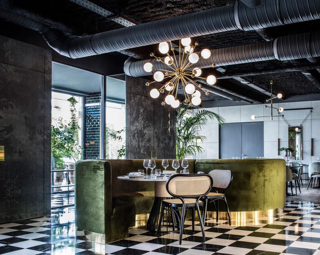 La Foret Noire Restaurant in Chaponost, France by Claude ...