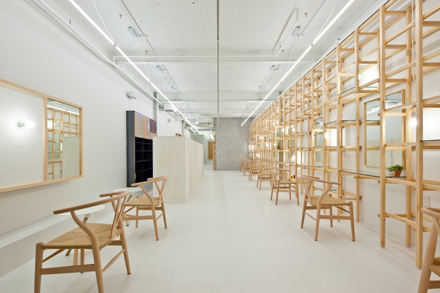 Link Beauty Salon by Yasunari Tsukada Design | Yellowtrace