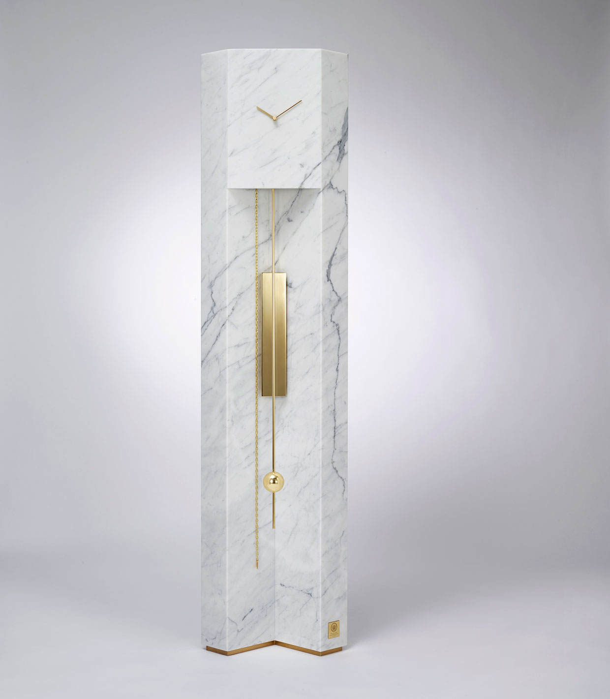 #Milantrace2017 Lee Broom Time Machine Grandfather Clock Photo Arthur Woodcroft | Yellowtrace