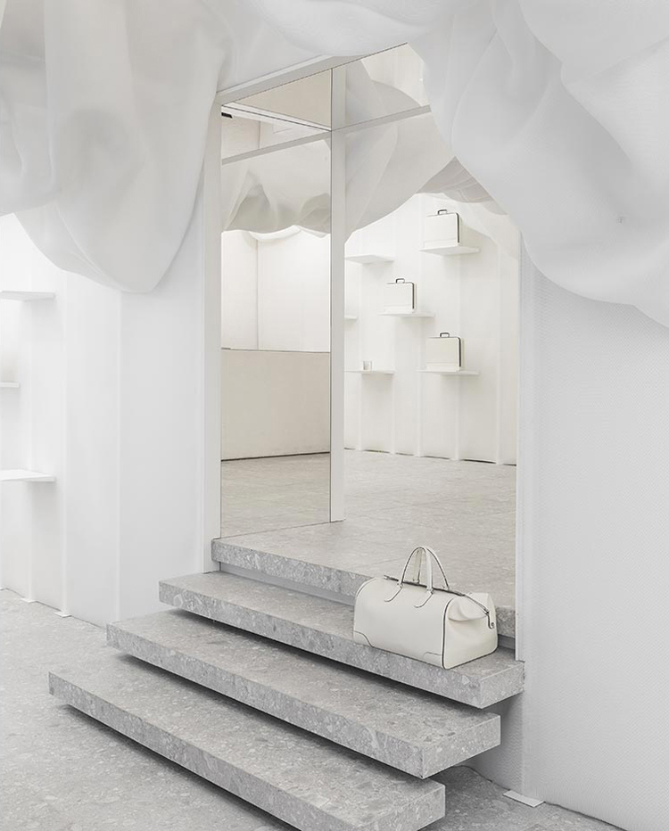 Milantrace2017 Valextra Pop-up Store by Snarkitecture | Yellowtrace