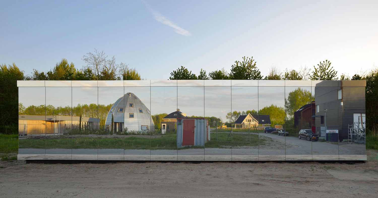 Mirror House Almere by Johan Selbing & Anouk Vogel | Yellowtrace