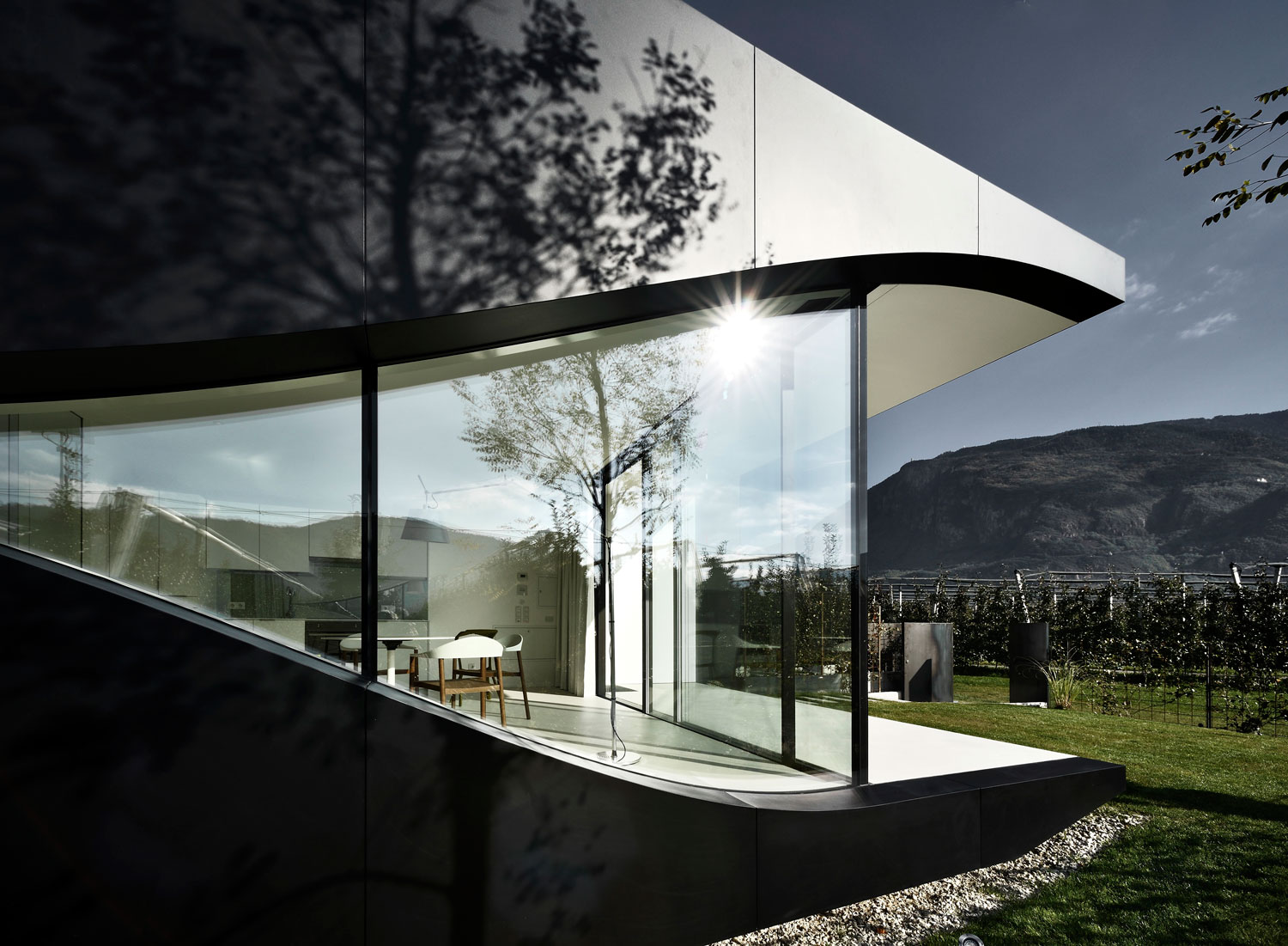 Mirror Houses by Peter Pichler | Yellowtrace