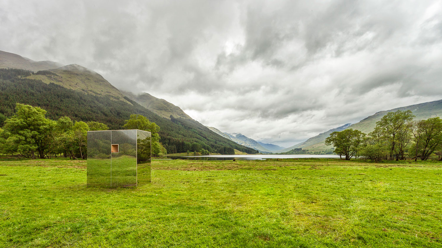 Mirrored Cabin in Scottish Glen by Angus Ritchie & Daniel Tyler   Yellowtrace