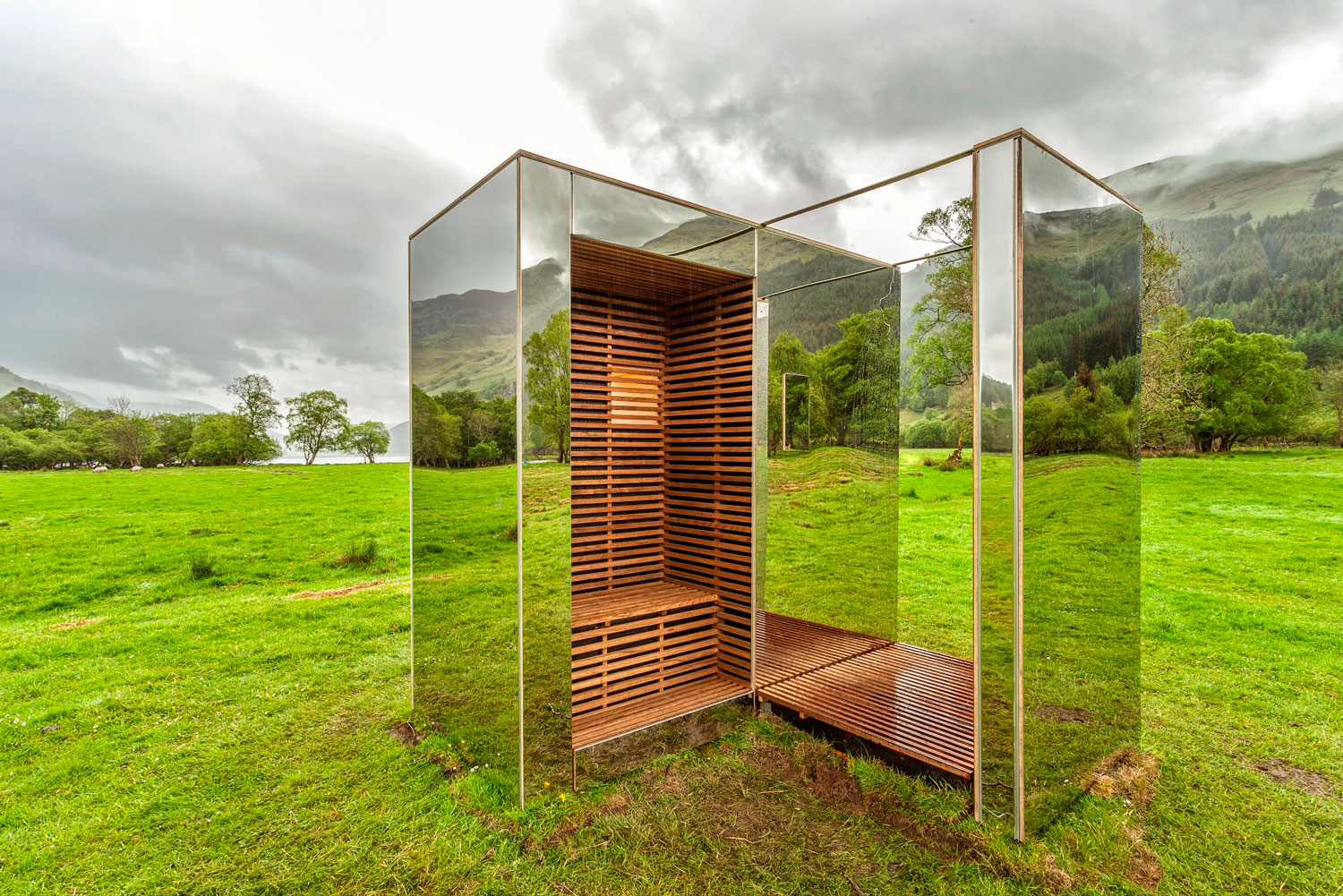 Mirrored Cabin in Scottish Glen by Angus Ritchie & Daniel Tyler | Yellowtrace