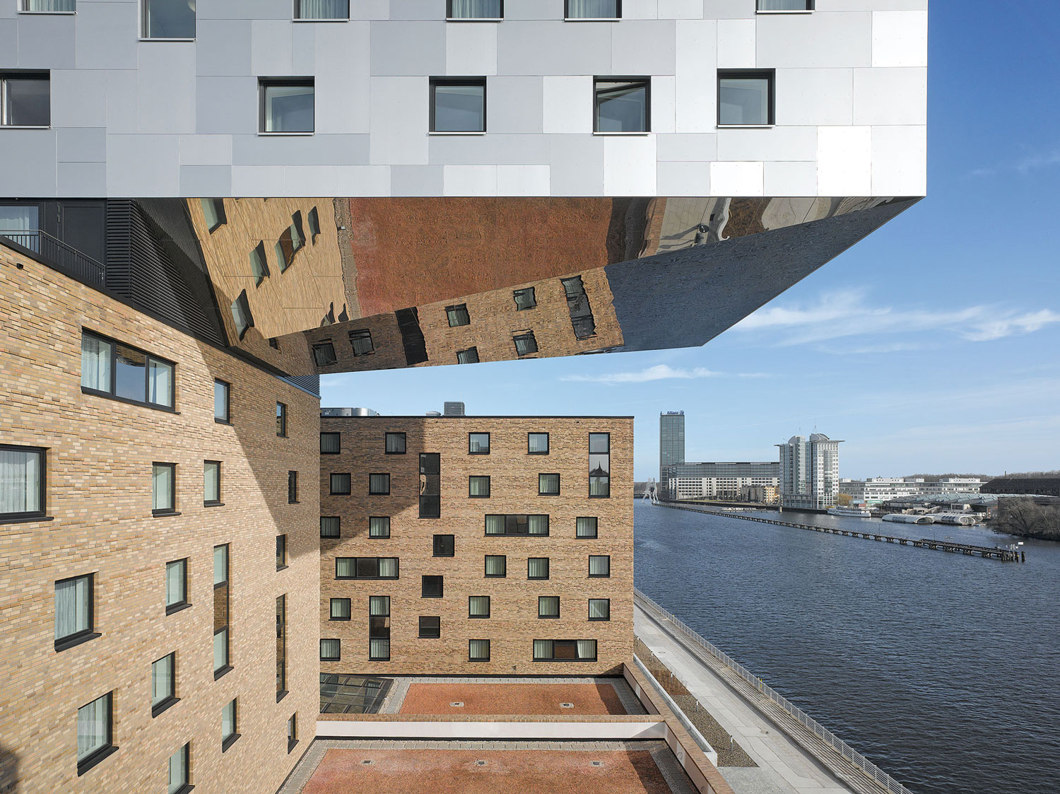 NHow Hotel Berlin by NPS Tchoban Voss | Yellowtrace