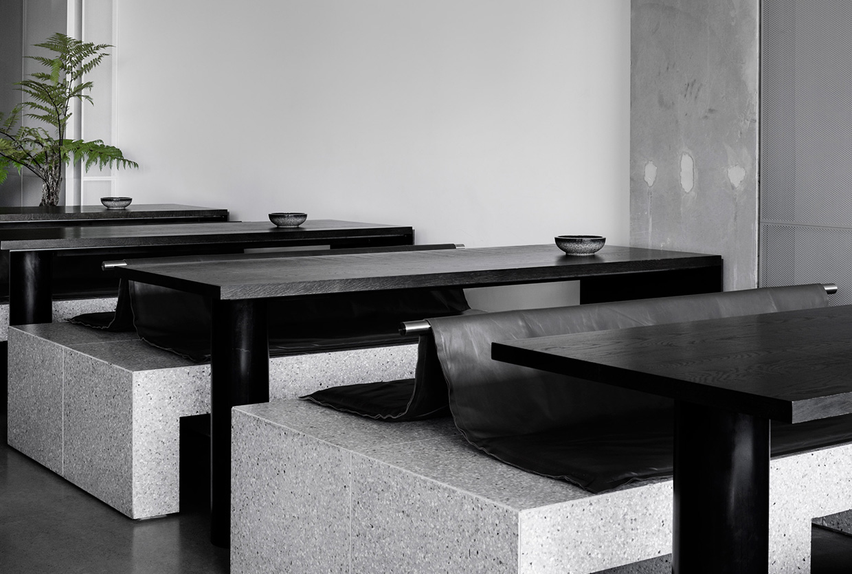 Penta Cafe in Melbourne by RITZ&GHOUGASSIAN | Yellowtrace