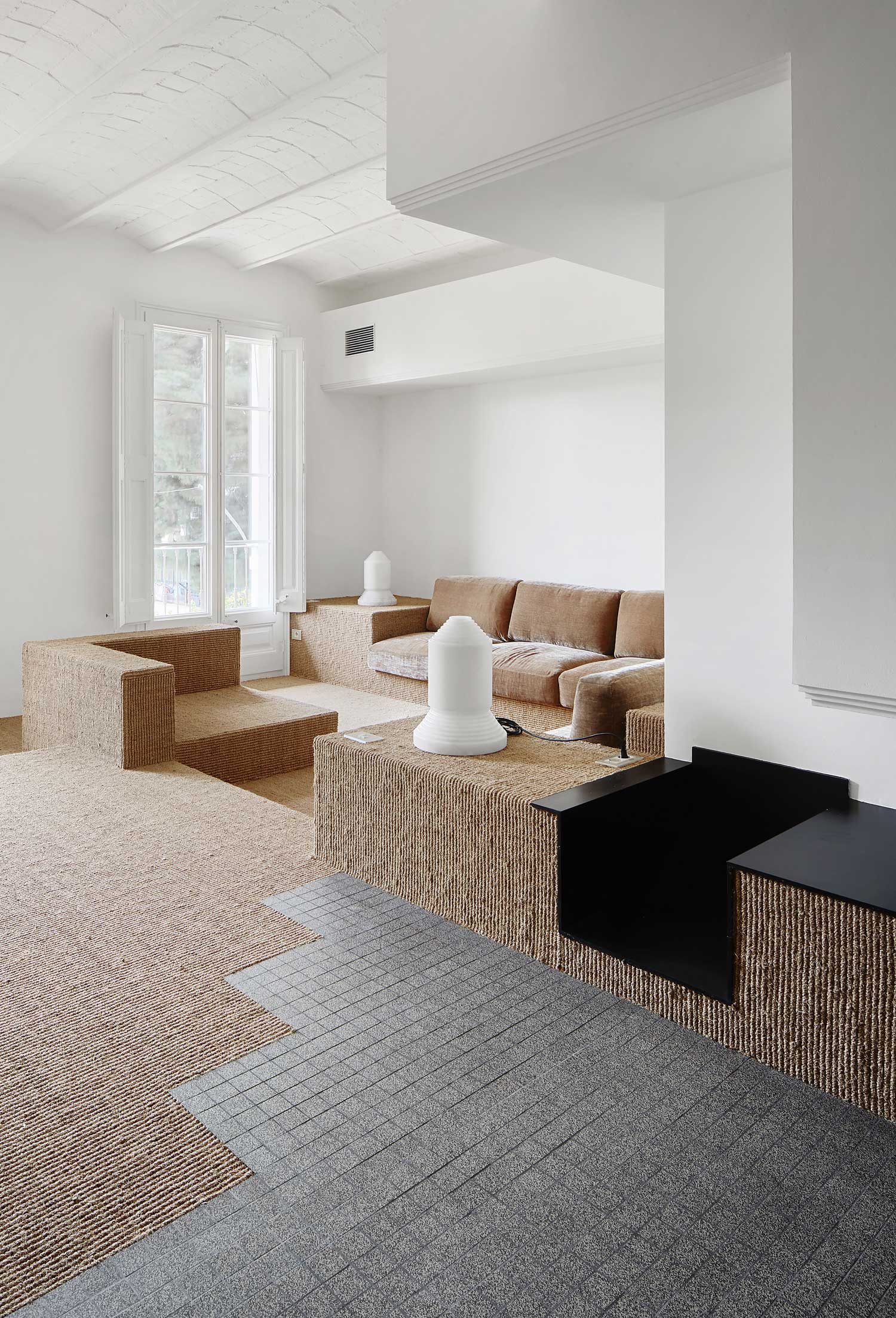 Apartment on Girona Street, Barcelona by Arquitectura G   Yellowtrace