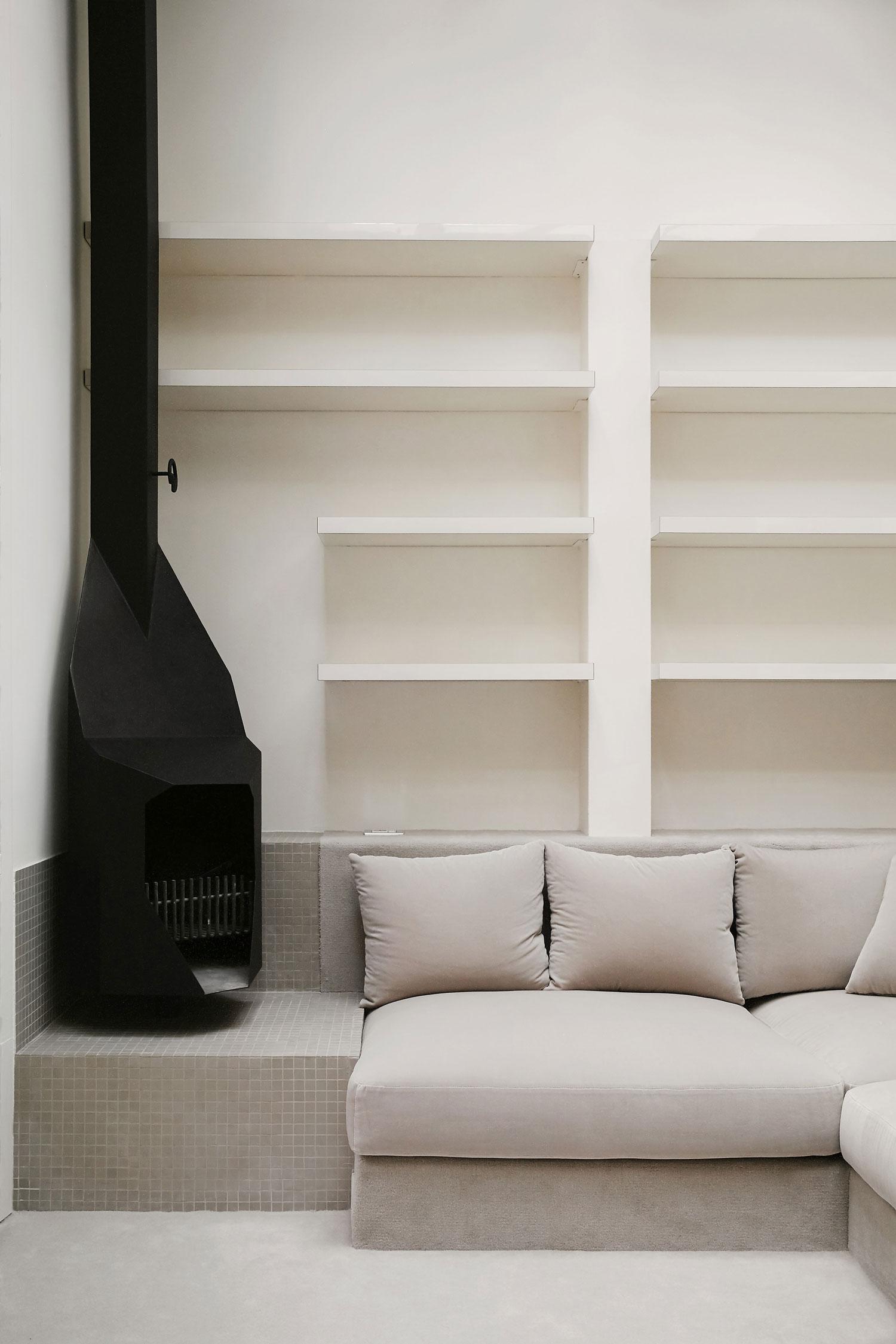 Apartmenton Reig I Bonet Street, Barcelona by Arquitectura-G | Yellowtrace