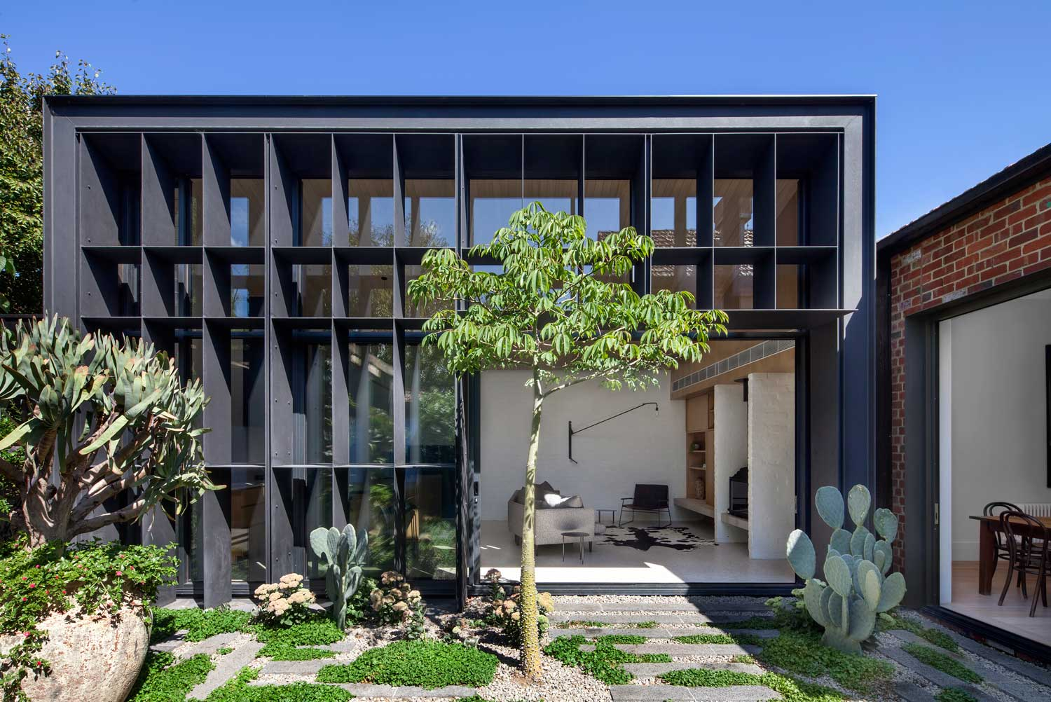 Baffle House by Clare Cousins Architects   Yellowtrace