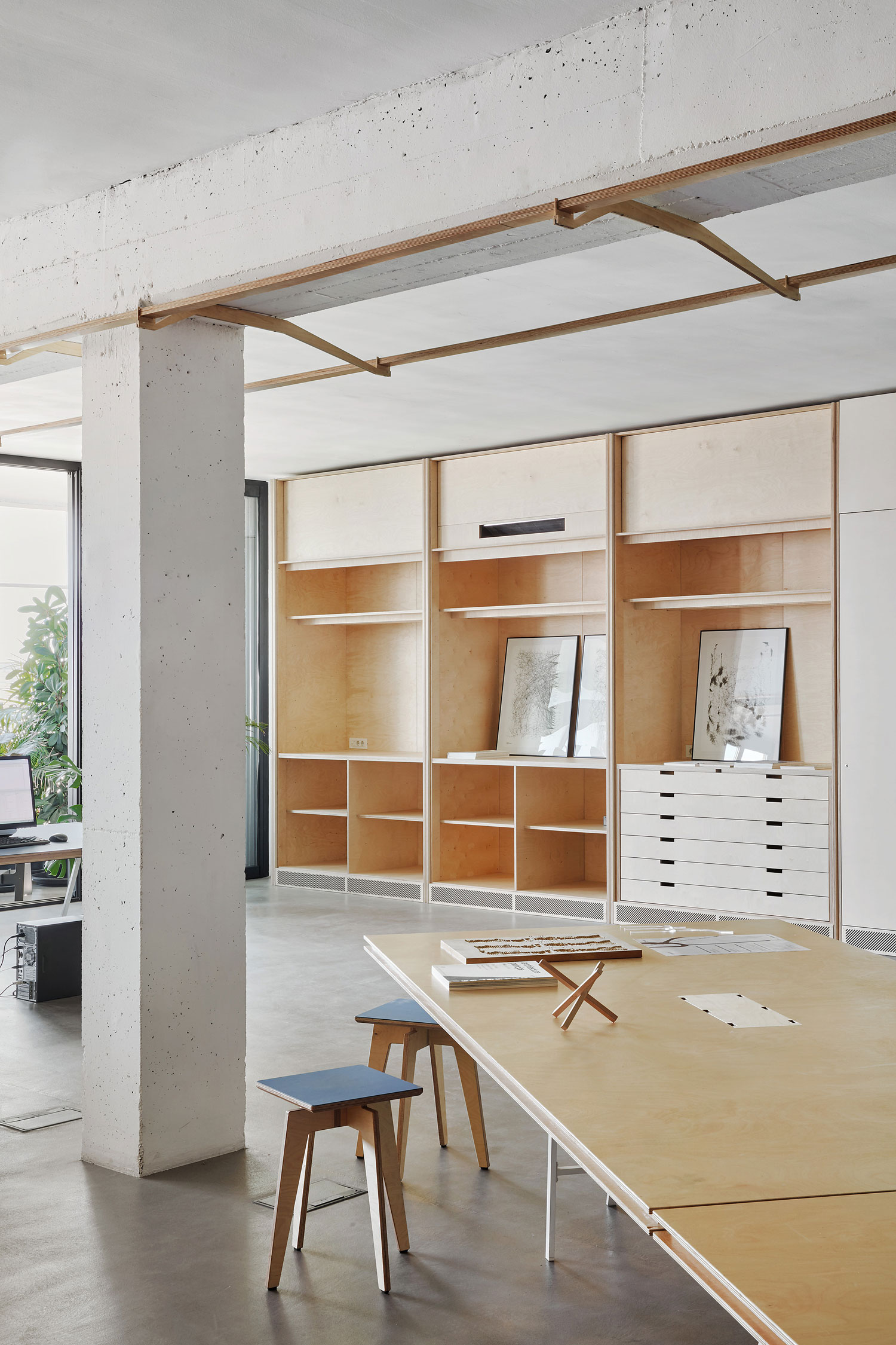 Co-Working Office in Barcelona, Spain by APPAREIL | Yellowtrace
