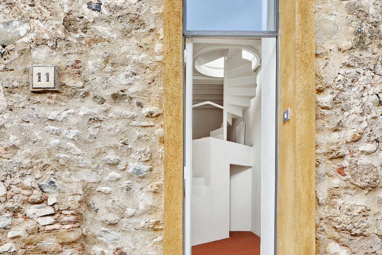 Country House in La Tallada, Girona by Arquitectura-G | Yellowtrace