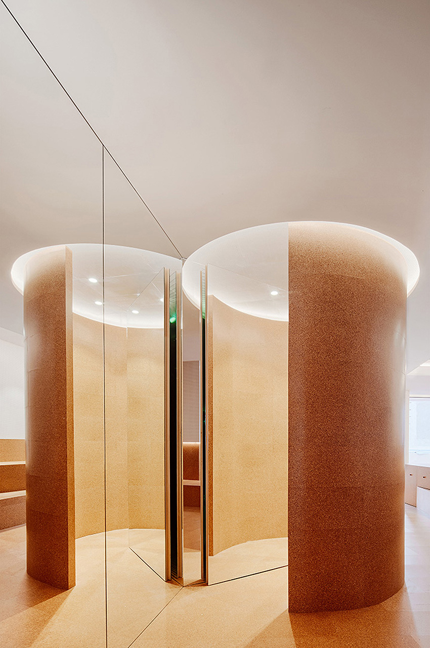 Jonndo shoe store in Madrid by Arquitectura-G | Yellowtrace