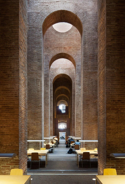 Biblioteca Diposit de les Aigues by Lluis Clotet and Ignacio Paricio | Yellowtrace