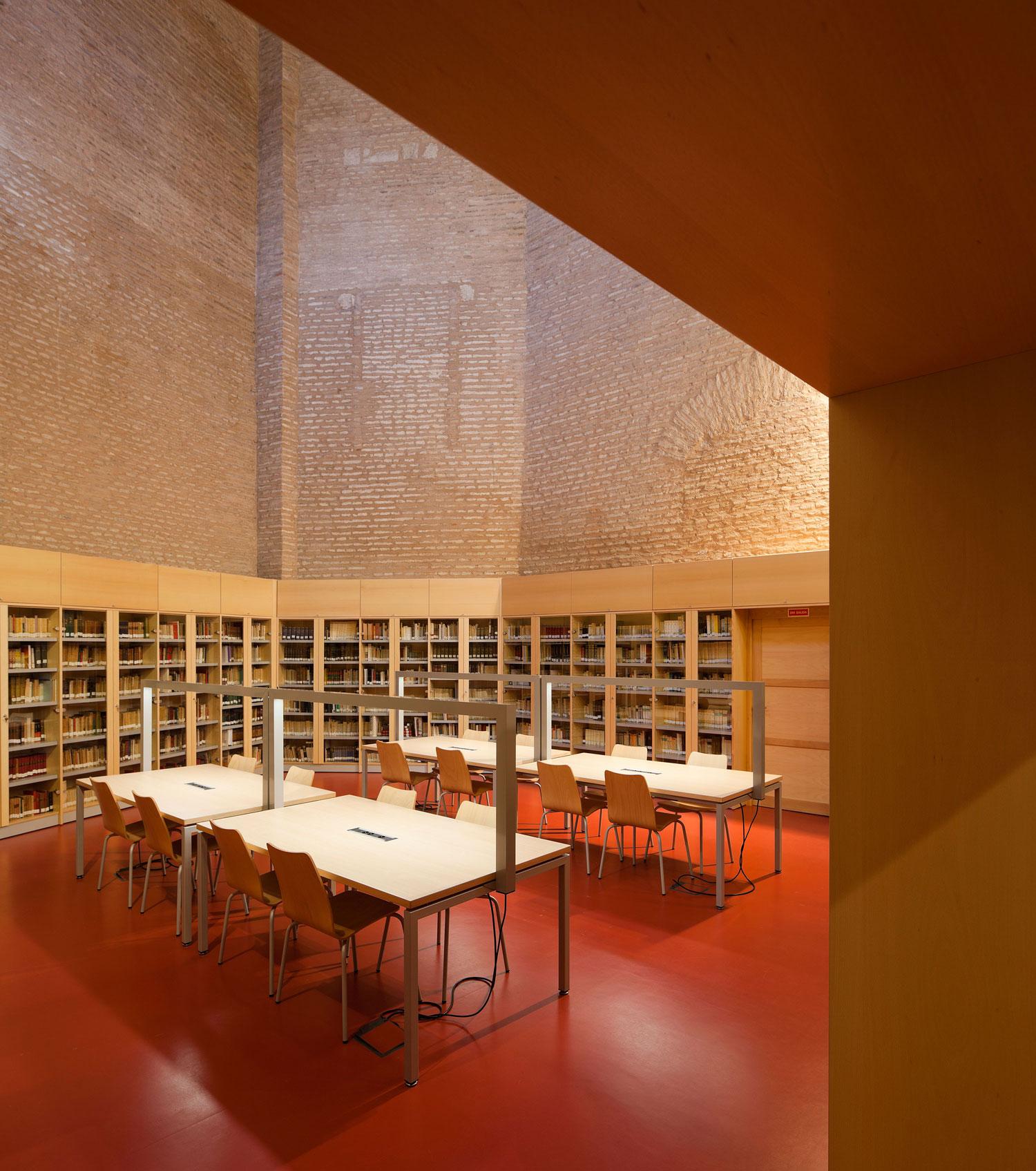 Centro De Documentacion De Las Artes Escenicas De Andalucia by SSW Arquitectos | Yellowtrace