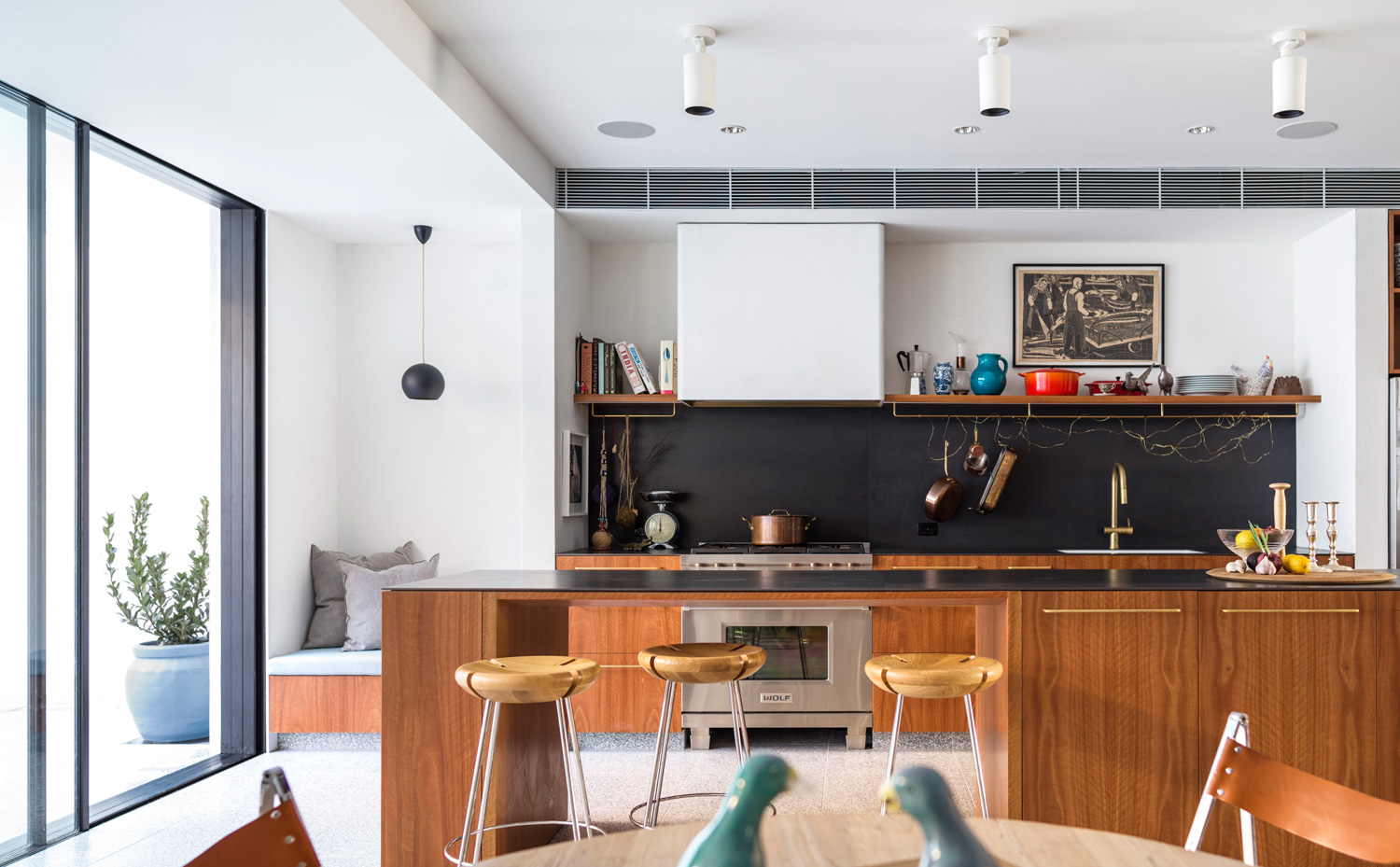 80s Bondi Beach House Transformed into an Eclectic Urban Home by Horizon & Tobias Partners | Yellowtrace