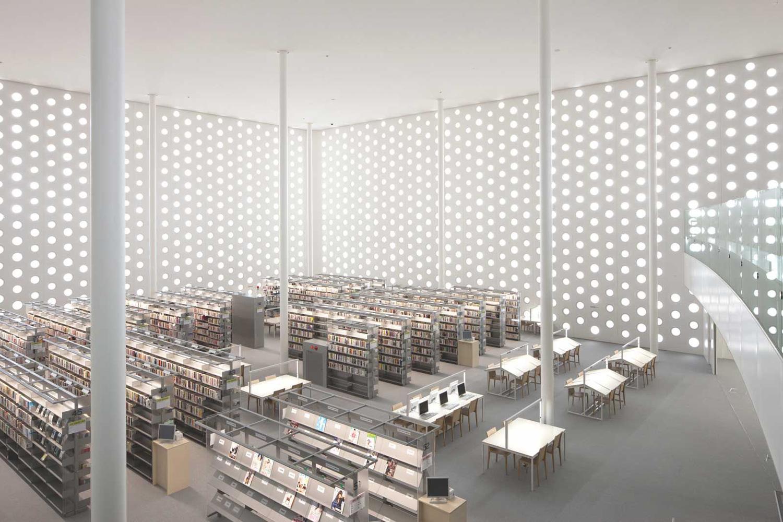 Kanazawa Umimirai Library by Coelacanth K&H Architects | Yellowtrace