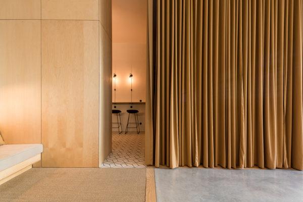 PURE Lisbon HQ by Sílvia Rocio + Mariana Póvoa + esse studio | Yellowtrace