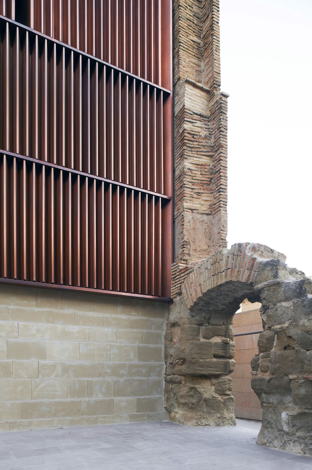 Refurbishment of the West Tower in Huesca City Hall by ACXT1 | Yellowtrace