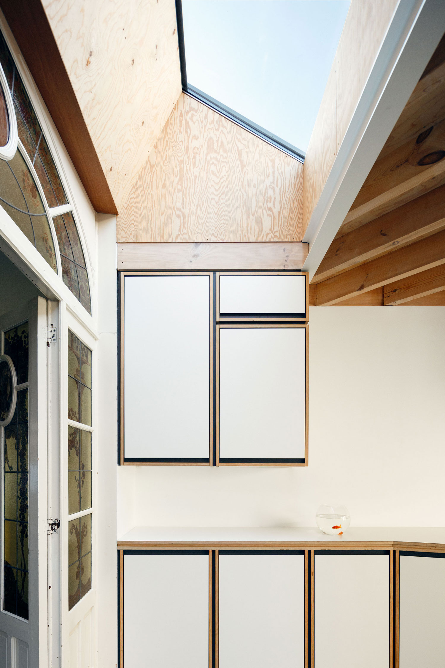 Alteration & Addition to a Heritage House in Belgium by i.s.m.architecten | Yellowtrace
