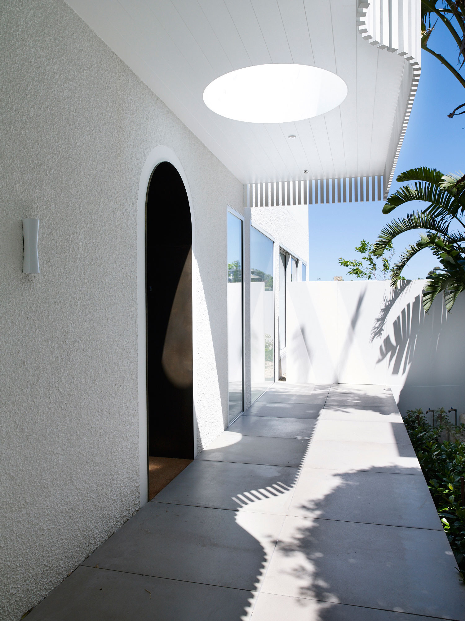 Clovelly House, Sydney by Madeleine Blanchfield Architects | Yellowtrace