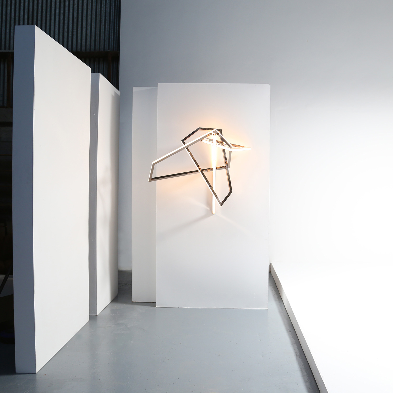 Contemporary Irish Artist & Light Sculptor Niamh Barry | Yellowtrace